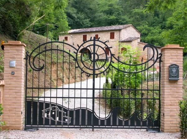 """gate """"molino"""" Volterra"""